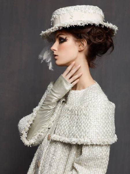 Chanel Alta Costura Primavera-Verano 2013 lookbook: fíjate en los detalles que se te escaparon en la pasarela