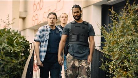 'Los miserables' invoca a Víctor Hugo para hacer cine social enmascarado en un tenso thriller policial