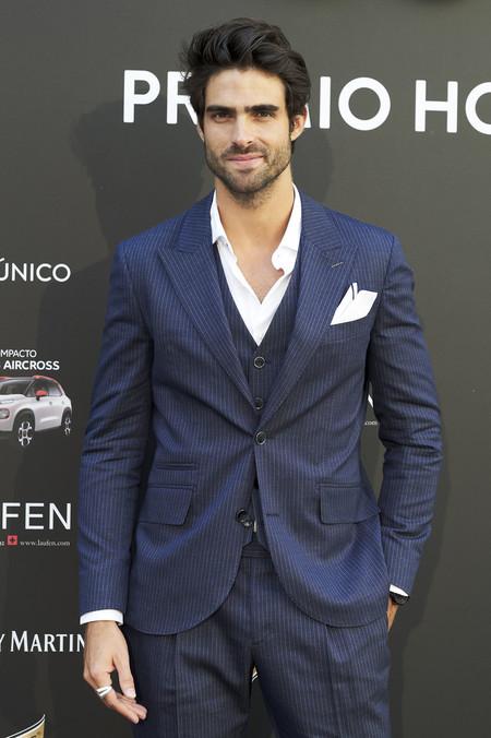 Juan Betancourt Viste El Desenfado Mas Elegante Para Los Premios Hombre Unico En Madrid 2