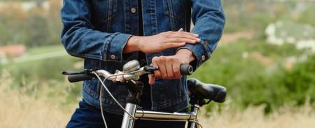 Controlar el móvil tocando la mochila o la chaqueta: así son las propuestas de Google con Levi's y Saint Laurent