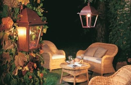 Cinco ideas para iluminar el jardín