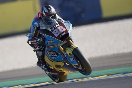 Sam Lowes gana en su carrera 100 en Moto2 para dejar a cuatro pilotos separados por 22 puntos en la general