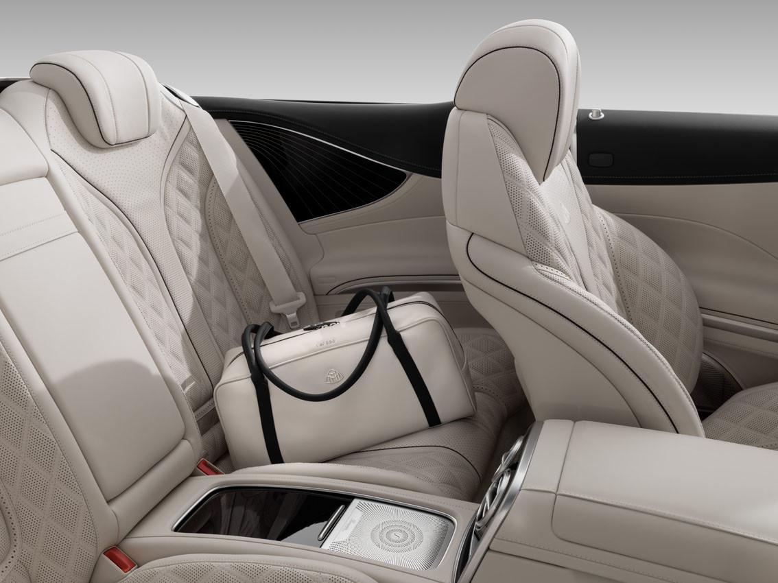Foto de Mercedes-Maybach S 650 Cabrio (36/37)