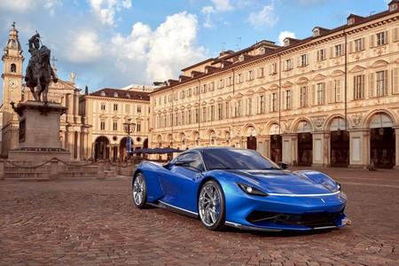 El Pininfarina Battista continúa abriéndonos el apetito, estrena color y un ligero facelift