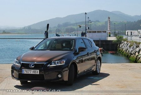 Lexus CT 200h, prueba (equipamiento, versiones y seguridad)