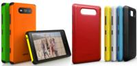 Las carcasas del Nokia Lumia 820 a escena