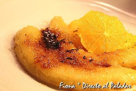 Plátanos flambeados con naranjas al caramelo. Receta