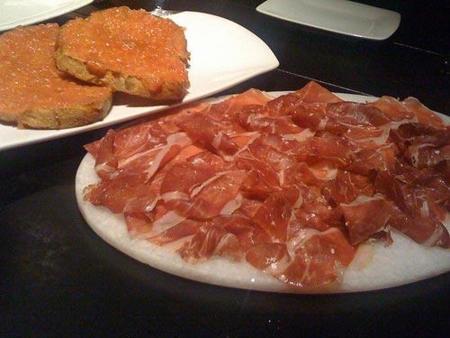 Analisis del aperitivo de la mañana. Tostada con pan y jamón
