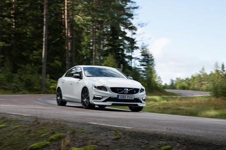 Volvo S60 y V60 Polestar 2018: ahora con una mejor aerodinámica y más fibra de carbono