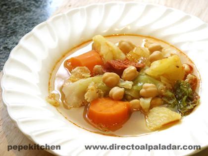 Potaje de coles o berza. Receta tradicional
