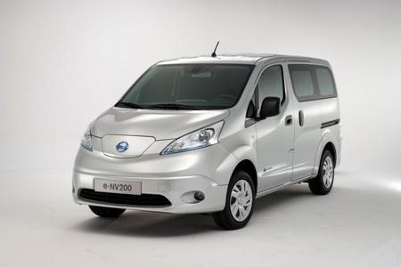 Autos Eléctricos Nissan (2)