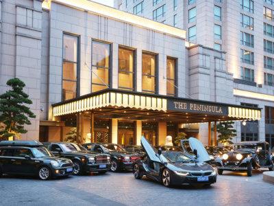 Si vas a este hotel en Shanghai tendrás que elegir entre el Rolls-Royce Phantom o el BMW i8
