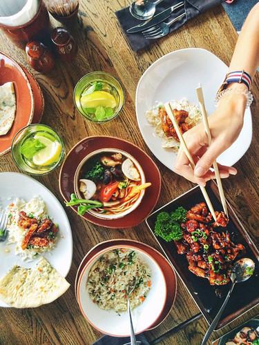 ¿Comer saludable fuera de casa? Es posible siguiendo estos sencillos consejos