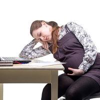 Riesgo laboral durante el embarazo y la lactancia: cuáles son tus derechos y cómo proceder