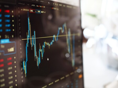 La recuperación económica, todavía muy lejana: los datos de paro de febrero auguran una normalidad laboral que no llegará hasta finales de año
