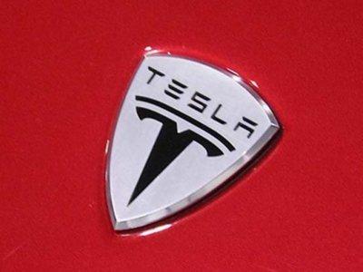 Tesla baja en bolsa por culpa de un petróleo más barato que nunca