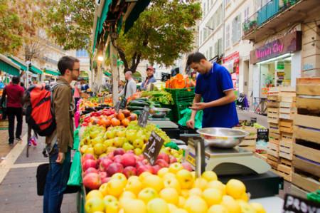 Un truco fácil para comer mejor: haz la compra en el mercado