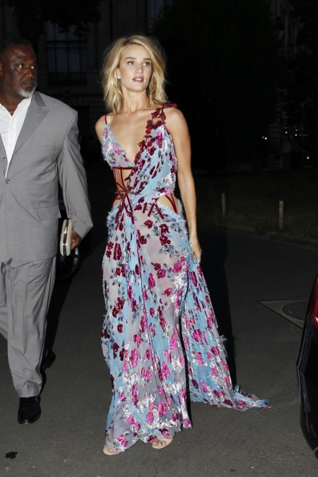 Rosie Huntington Irina Shayk Donatella Versace Look Paris Alta Costura 2