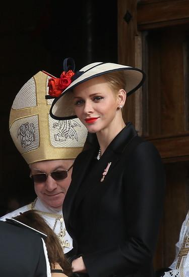 La elegancia de Charlene de Mónaco y Carlota Casiraghi en el Día Nacional de Mónaco