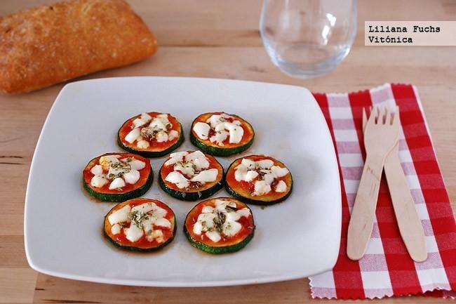 Mini pizzas de calabacín. Receta saludable