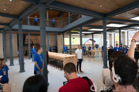Apple Store Puerta Del Sol Interior
