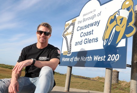 El ex piloto de MotoGP James Ellison correrá la NW200 en Superbike y Superstock con una Suzuki GSX-R 1000R