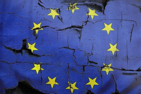 'El Brexit' logra mayoría absoluta en Reino Unido y los fabricantes de coches ya se preparan para el divorcio