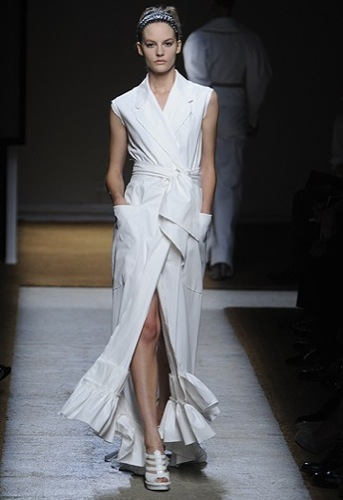 Yves Saint Laurent, Primavera-Verano 2010 en la Semana de la Moda de París