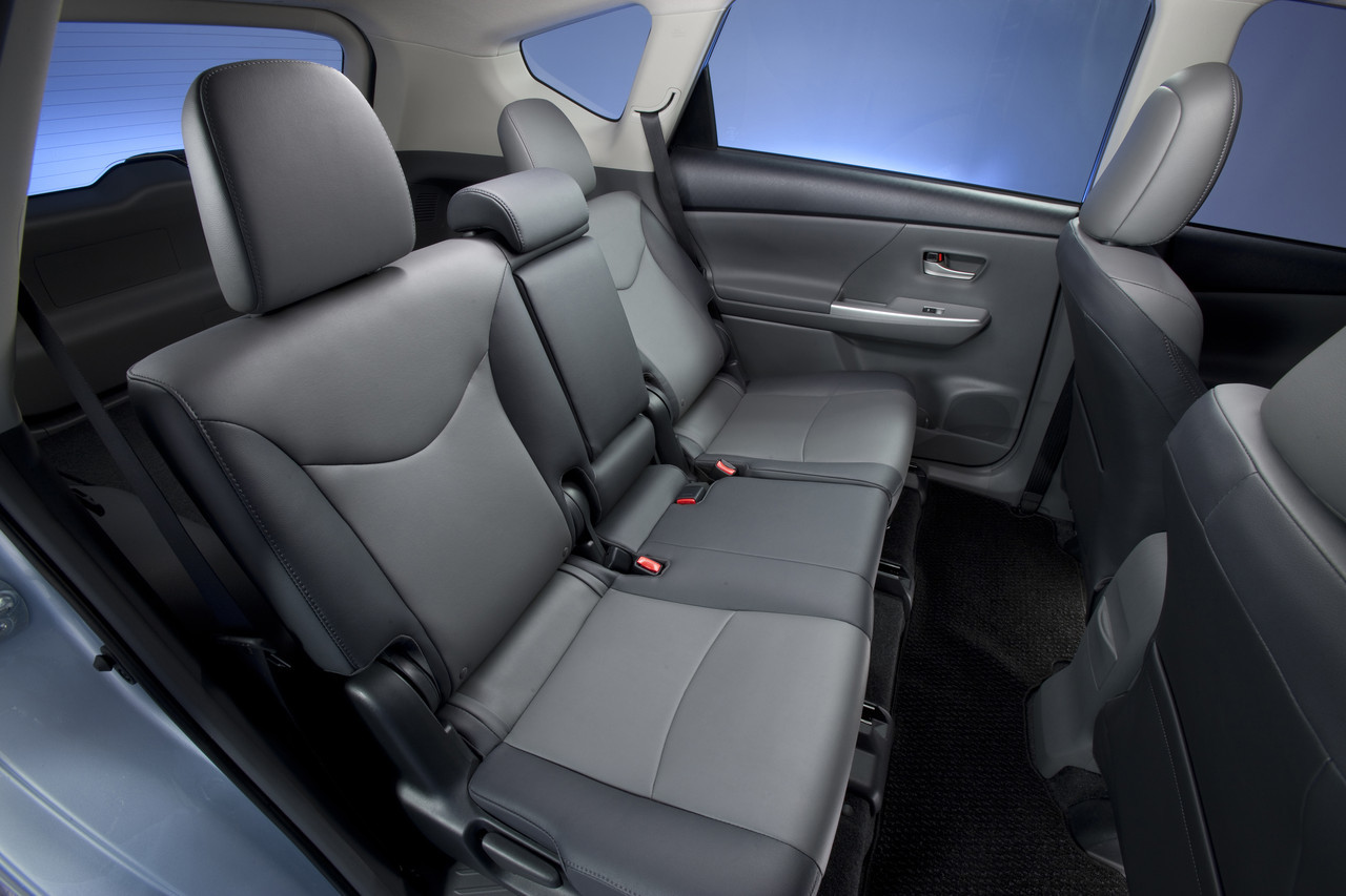 Foto de 2011 Toyota Prius v (71/77)