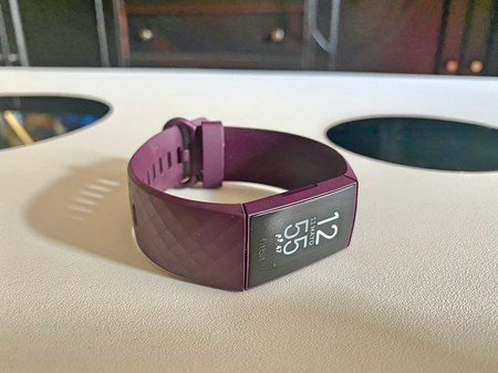 Fitbit-charge-4-analisis-review