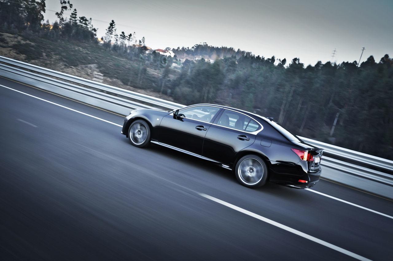 Foto de Lexus GS 450h F Sport (2012) (19/26)