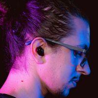 """Qualcomm promete llevar el audio """"de calidad CD"""" a los audífonos inalámbricos con su nueva tecnología aptX Lossless"""