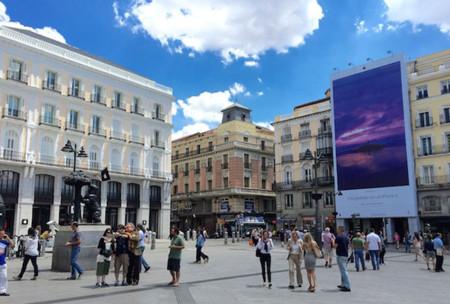 """Las calles de Madrid y Barcelona se visten con nuevas imágenes de la campaña """"Fotografiado con un iPhone 6"""""""