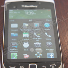 Foto 14 de 22 de la galería blackberry-torch-2-9810-mas-imagenes-del-nuevo-hibrido-de-rim en Xataka Móvil