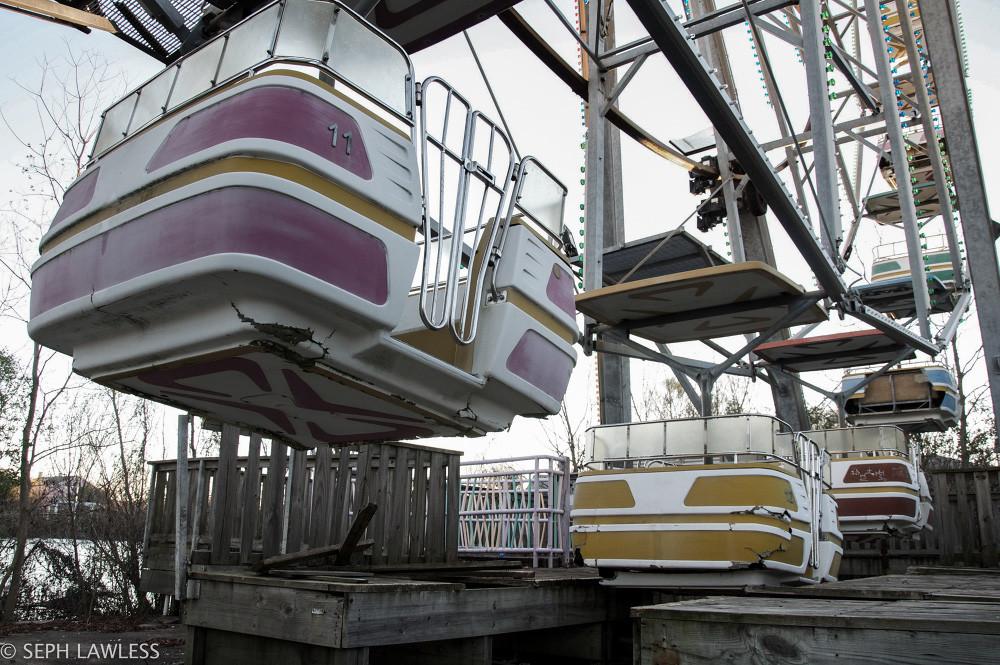 Abandonded Theme Park Seph Lawless 17
