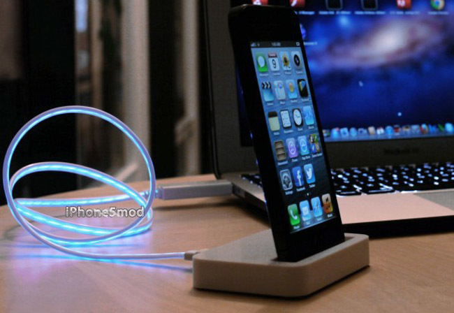 Flash iPhone 5 Dock