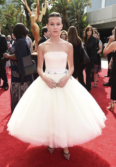 Las manuicuras de los Premios Emmys con los tonos  nude como máxima tendencia