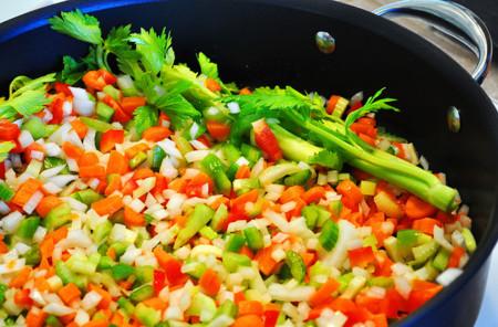 ¿Qué es mejor: verduras cocidas o crudas?