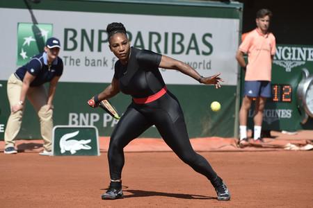 Prohiben el mono postparto de Serena Williams, pero nosotros (como Nike) la apoyamos