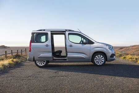 Opel Combo Life 2018 050