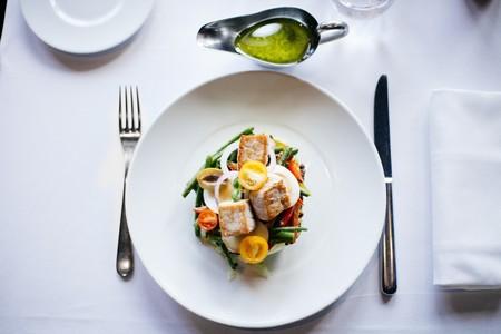 ensaladas-saludables-faciles-de-preparar-para-este-verano-Ensalada-de-pollo