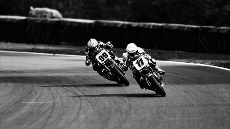 Trofeo Harley-Davidson XR1200, atípico campeonato británico con sabor añejo