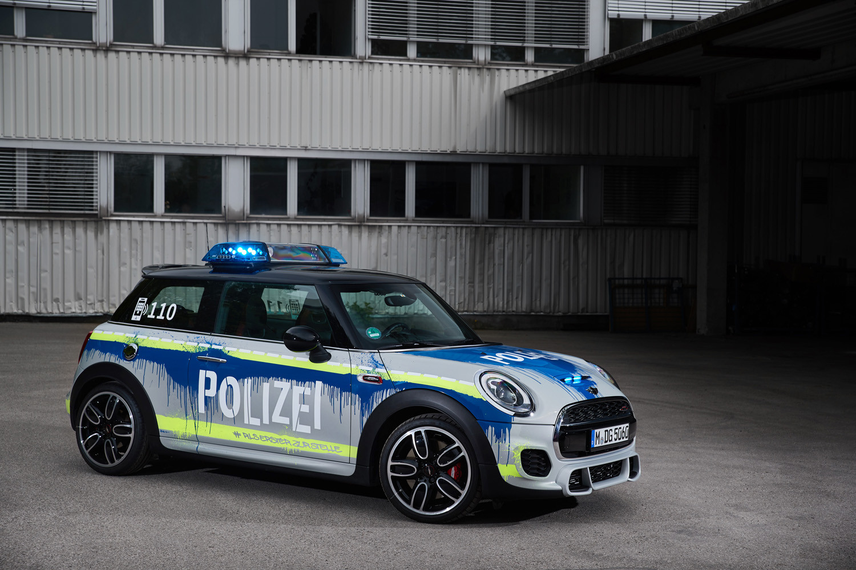 Foto de MINI JCW Polizei (2/13)