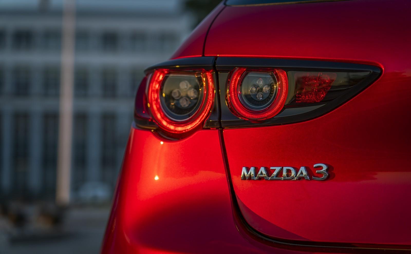 Foto de Mazda3 2019 (79/128)