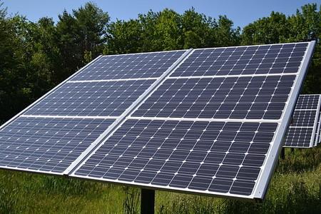 Instalación de paneles solares en New Hampshire, Estados Unidos