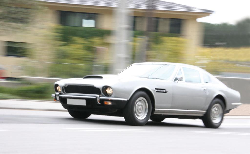 Foto de Aston Martin V8 de 1977 (12/16)