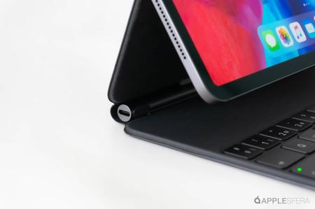 El puerto USB-C del Magic Keyboard en los iPad Pro no parece cargar con todos los adaptadores de terceros