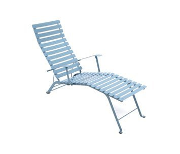 A Francia, a comprar sillas