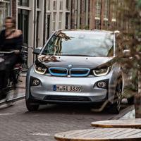 Con el parachoques Detect de BMW no volverán a rascar tu coche sin dejar una nota