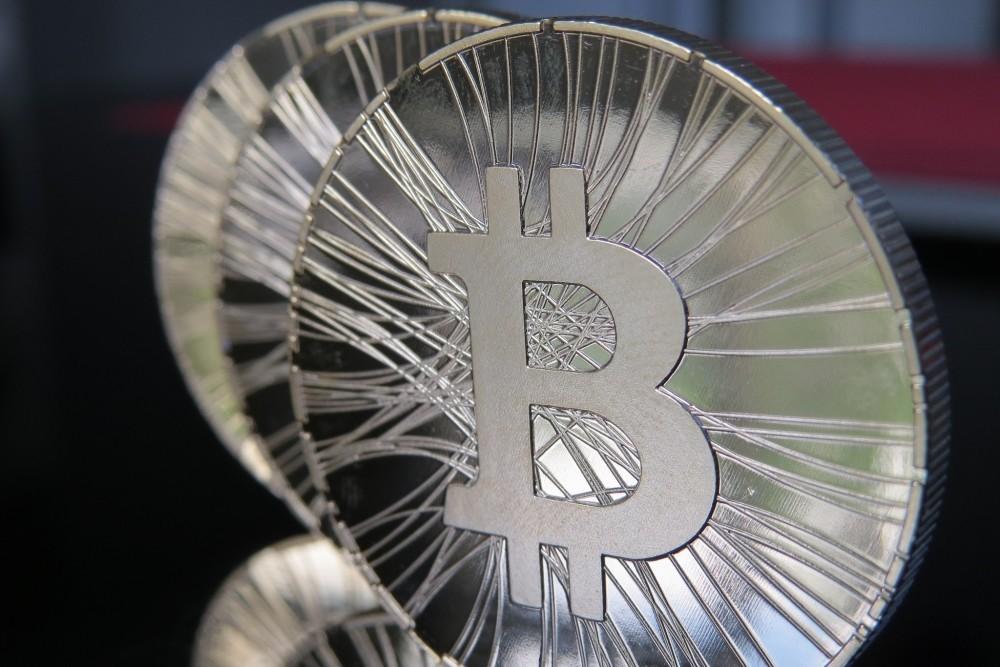 Irán incauta 1.000 máquinas destinadas a minar Bitcoin después de que subiese un 7% el consumo de electricidad